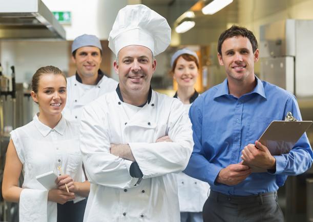 ¡Conoce la verdadera normatividad para uniformes de restaurantes!